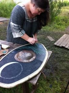 Etaíne, shieldpainting at Pennsic LXIII
